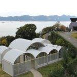 風光明媚な大三島を感じ、いざ建築へ「今治市伊東豊雄建築ミュージアム」