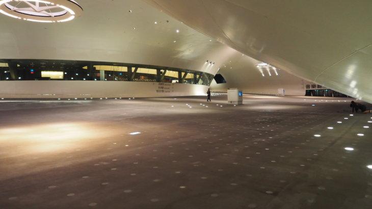地形的うねりを造るガジュマルの着想「衛武営国家芸術文化中心(National Kaohsiung Center for the Arts-Weiwuying)」