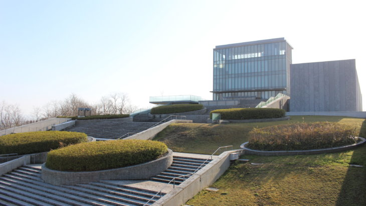 考えること、歩くこと、建築と哲学「西田幾多郎記念哲学館」